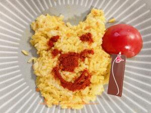 ご飯で形作ったプーさんの顔が崩れる